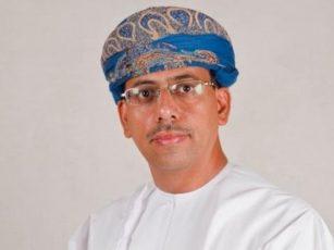 الدكتور عبد المنعم بن منصور الحسني وزير الإعلام في سلطنة عمان